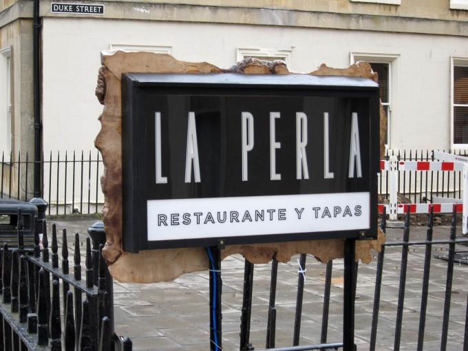 La Perla - Bath